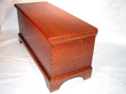 Shaker Cedar-lined Blanket Chest