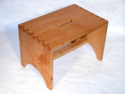 Shaker One-step Step Stool